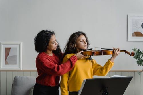 Les bonnes raison de débuter et progresser en violon, seul ou accompagné